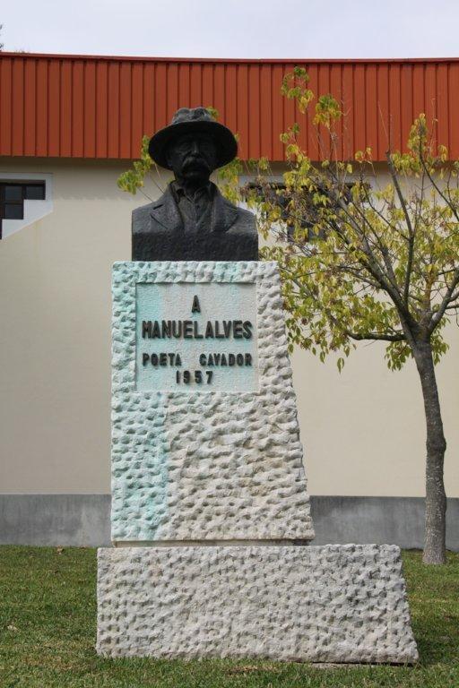 Monumento Manuel Alves
