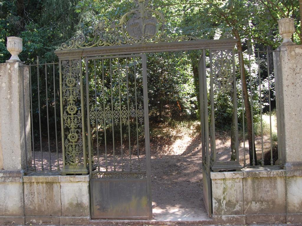"""Porta do Luso ou """"dos Passarinhos"""""""