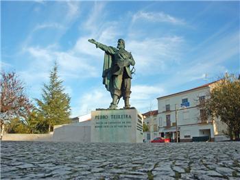 Estátua Pedro Teixeira
